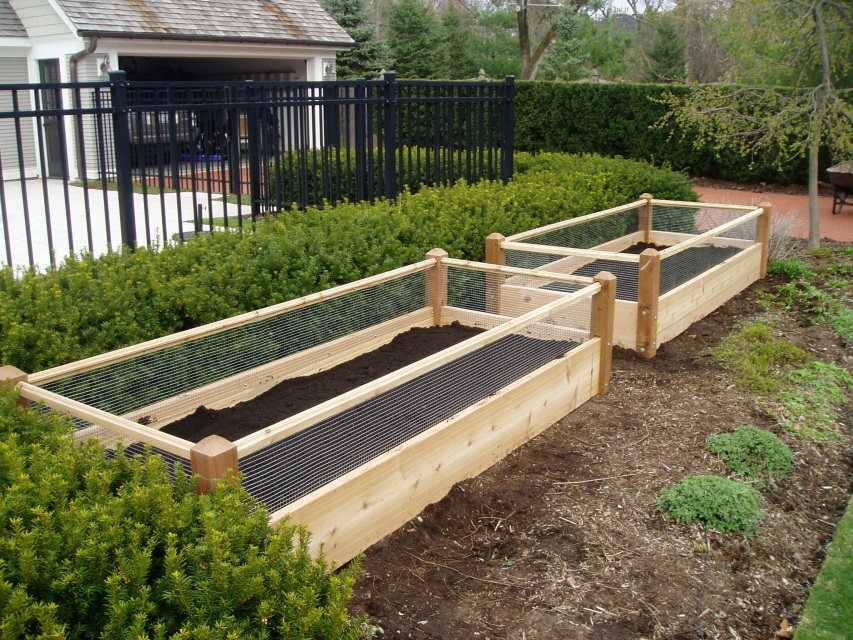 1 Raised Garden With Rabbit Railings Bed Delivered With Soil